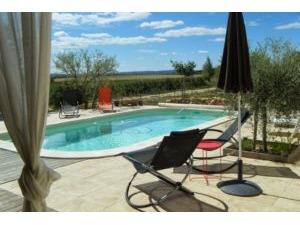 House GARRIGUES SAINTE EULALIE Provence Romaine