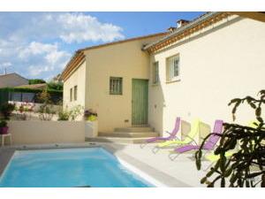 House UZ�S Provence Romaine