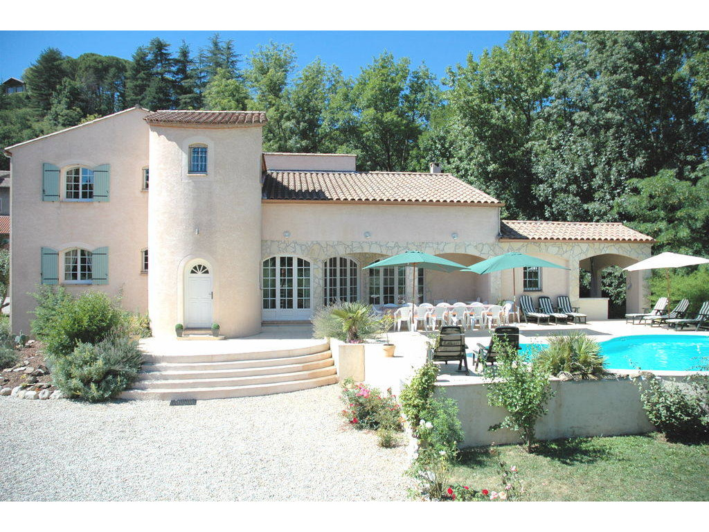 Marvelous Holiday Villas With Pool In Provence